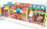 Cour de jeu d'intérieur au sol de Softplay de gosses orientés de cirque d'amusement d'acclamation