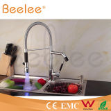 Новое Two Heads СИД Dule Handle Kitchen Spring Faucet/Water Tap Mixer Power Water Pressure Ql140405