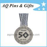 Médailles de souvenir avec la bande estampée blanche