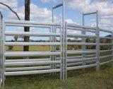 Овальная панель конюшни лошади рельса