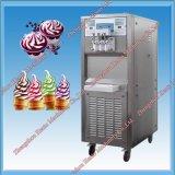 Gelatoの柔らかいサーブのアイスクリームメーカーディスペンサーのフリーザー機械