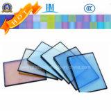 공간 또는 색을 칠하거나 얼룩이 지는 또는 사려깊은 격리했거나 부드럽게 했거나 단단하게 했거나 건축 박판으로 만들어진 유리