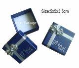 2017 neuf obtiennent la caisse d'emballage de papier de bijou de cadeau avec le Bowknot argenté