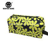 女性のための花の印刷のナイロン防水装飾的な袋