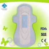 Servilleta sanitaria ultra fina absorbente del anión del algodón de la higiene con las alas