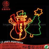 通りのためのサンタクロースのスノーマンのモチーフのクリスマスの照明