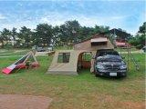カバーを運転する別館部屋が付いている新しい極度の陸上の屋上のキャンプの折るテント