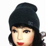 2016 exportiert in Europa, gestickten gestrickten Schutzkappen-Hut und Winterbeanie-Schutzkappe
