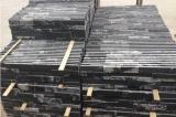 自然なベージュ大理石中国の文化石によってスタックされる石
