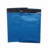 自動防漏式の不透明で青いPolytheneの郵送袋