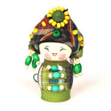 Bonecas de bordado de China rica para decoração de casa com roupas de moda de minoria Bem-vindo à China