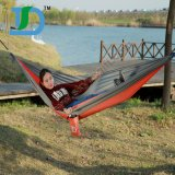 Des hamacs confortables et confortables à l'extérieur