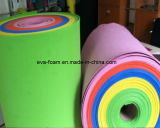 Feuille de mousse de PE en roulis avec l'épaisseur et la couleur différentes