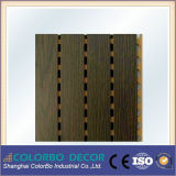 Panneau Grooved en bois absorbé par bruit de matériaux