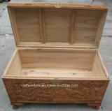 Los chinos de los muebles antiguos tallan el tronco de madera del alcanfor del pájaro de la flor