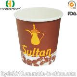 Wegwerfbares Coffee Cup und Saucer