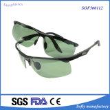 人のための金属の接眼レンズフレームUV400の循環のサングラス