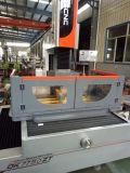 Precio bajo certificado Ce de la máquina del corte EDM del alambre del CNC de la serie Dk77