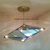 As luzes de suspensão do vidro moderno inovativo do diodo emissor de luz para decoram a casa de campo