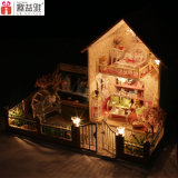 2017 Fashion Luxury Large Children Toy Wooden Dollhouse