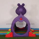De plastic Tunnel van de Rupsband van het Speelgoed Plastic