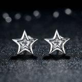 Boucles d'oreille de goujon d'argent de bijou de forme d'étoile de femmes