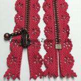 Zipper do metal da fita do laço 3# para o vestido