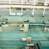 De Strook van het staal aan de Lijn van de Lengte/Vlakkere Machine wordt gesneden die