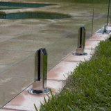 Sostenedor de cristal montado en la pared del estante del acero inoxidable para las guarniciones del hardware de la piscina