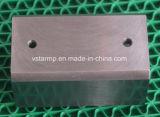 Часть CNC подвергая механической обработке для ручки мотоцикла в высокой точности