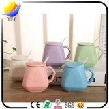 Kundenspezifisches Slap-up keramisches Cup mit verschiedenen Arten und Farben für fördernde Geschenke