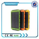 최신 판매 10000mAh 2 USB 포트 태양 충전기