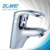 普及した洗面器のミキサーのコック(BM51303)
