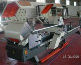 CNC de dubbel-HoofdZaag van het Knipsel van de Precisie voor het Profiel van het Aluminium