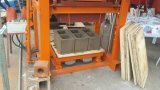 Handbuch der Qualitäts-Qtj4-40b mit elektrische Form-Schwingung-konkreter hohler Block-Maschine in Afrika