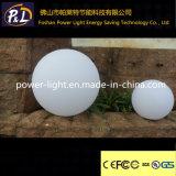 カラー変更の屋外の防水LEDのプールの丸いボール
