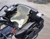 270cc идут Kart участвуя в гонке Kart F1 6.5HP с влажной муфтой