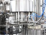 Boisson complètement automatique de gaz traitant les machines de mise en bouteilles