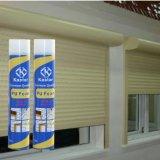 Fuentes constructivas que amplían la espuma de poliuretano del aerosol (Kastar 222)