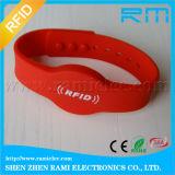 Bracelete do silicone da microplaqueta RFID do preço de fábrica 13.56MHz F08 para o partido