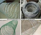 中国の工場熱いすくいの電流を通された有刺鉄線の網