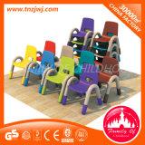 Un plástico más fuerte embroma los vectores y las sillas para el pre-entrenamiento