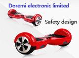 MSDS Un38.3 UL1643 UL60950 CER RoHS (S36C) 2 Räder 6.5 Inch-UVhöhepunkt-Selbstintelligenter elektrischer Schwerpunkt-Roller Hoverboard