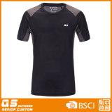 Camiseta apropiada del deporte del hombre