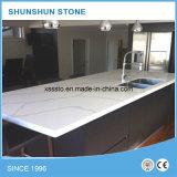 Piano d'appoggio bianco artificiale della pietra del quarzo di Calacatta per la mobilia della cucina