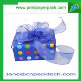 Le mariage de empaquetage de bande de Noël de gâteau de cadeau fait sur commande de chocolat favorise la boîte-cadeau
