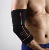 Nuevo protector respirable elástico del soporte del codo de tenis del bádminton del baloncesto de las pistas de codo del deporte