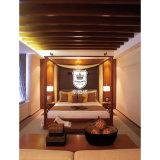 浜のリゾートのためのビジネスホテルの純木の材木のホテルの4柱式ベッドのベッド