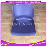 プラスチックオフィスの椅子型