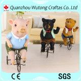 Giro animale dell'orso del maiale della resina creativa di disegno un Figurine della bici